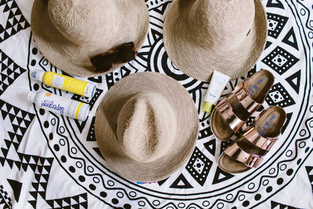 Looking for cute sun hats that are truly chic? Found 'em. Not only are these straw hats packable, but they stay put, are UPF 50 & look seriously cool.