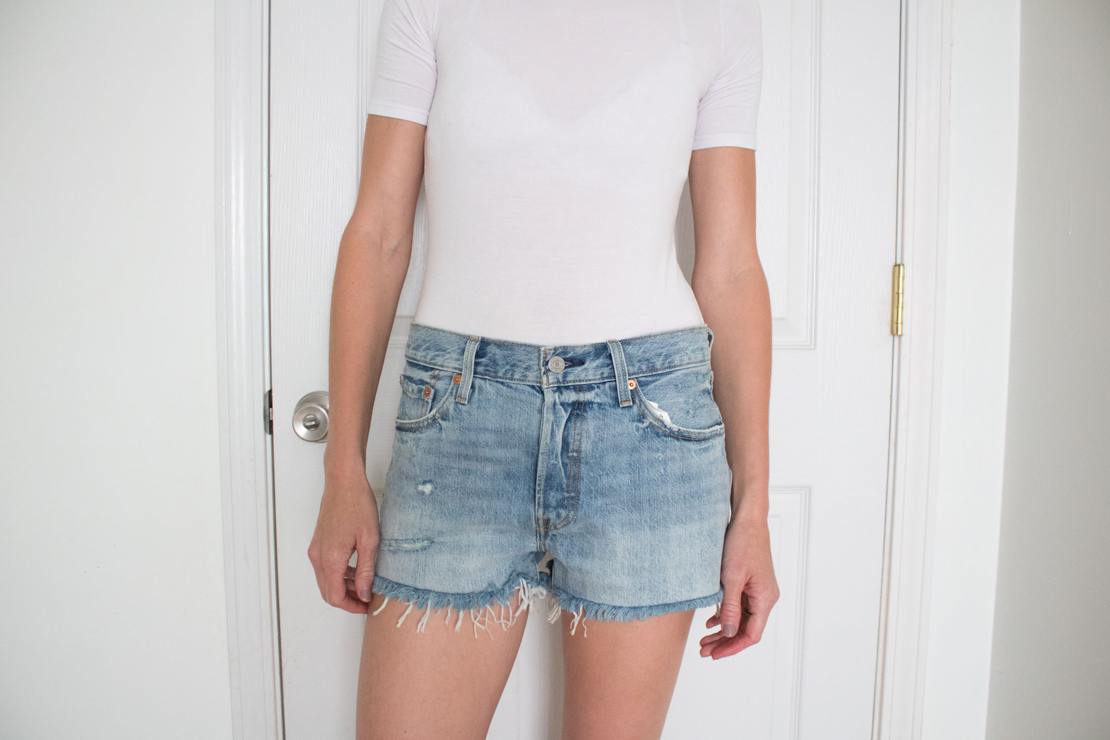 levis-501-cutoff-denim-shorts-waveline