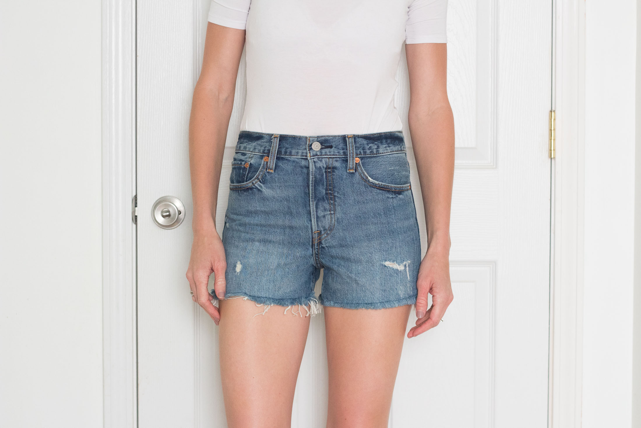 levis-high-waist-cutoff-denim