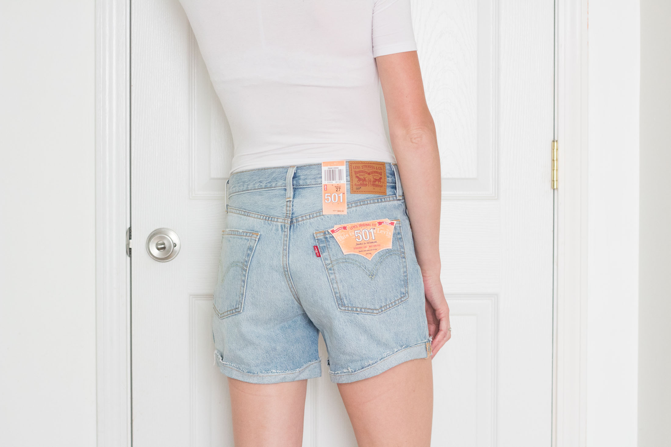 levis-long-cuffed-denim-short