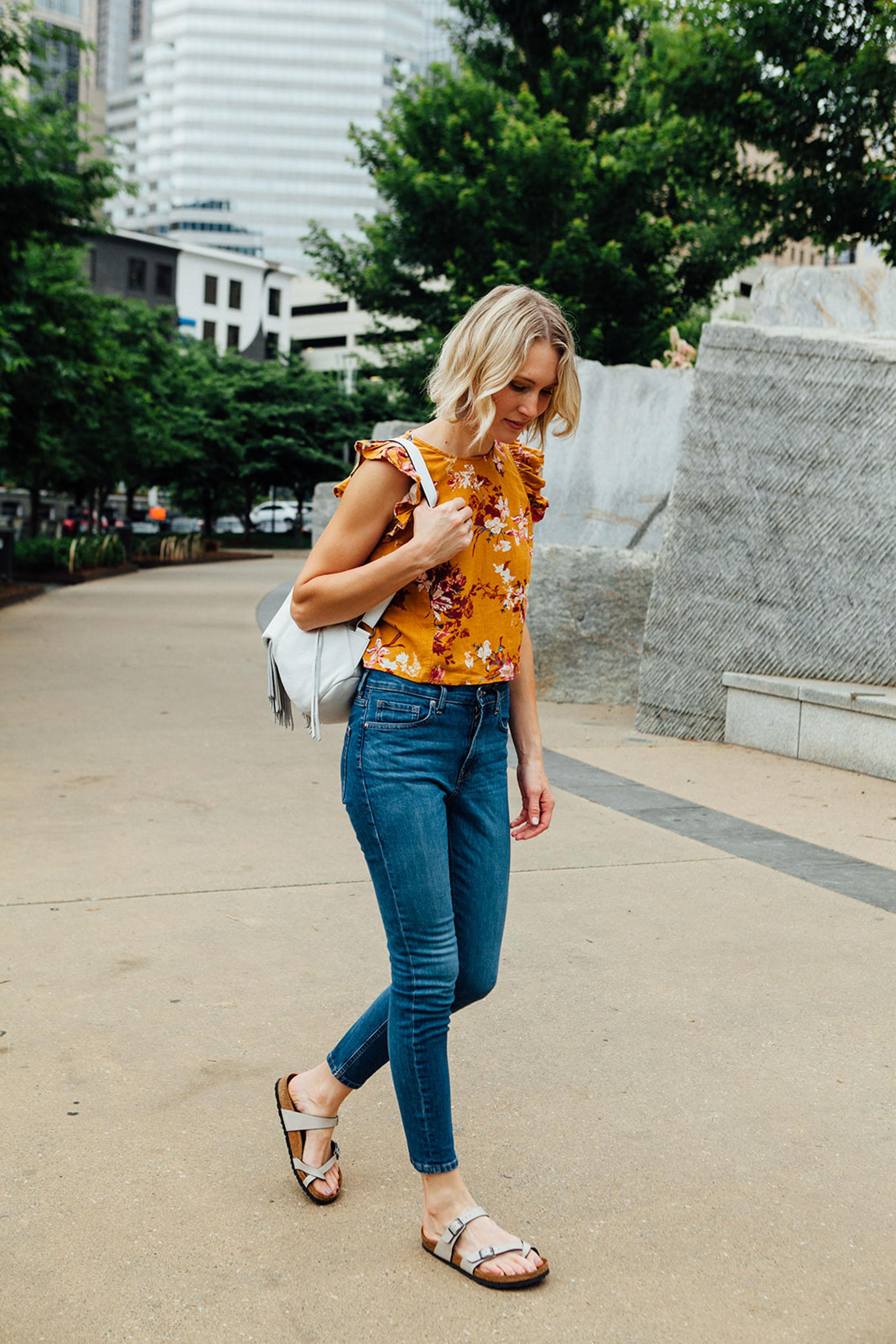 crop-top-high-rise-jeans