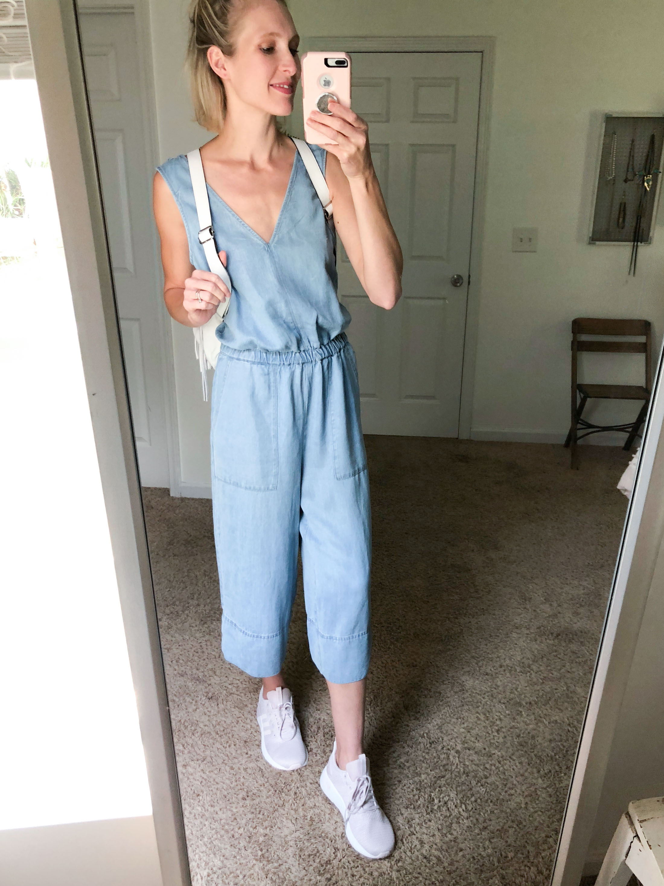 b531c4e5896a The Best Shoes to Wear with Cropped Wide-Leg Pants - The Mom Edit