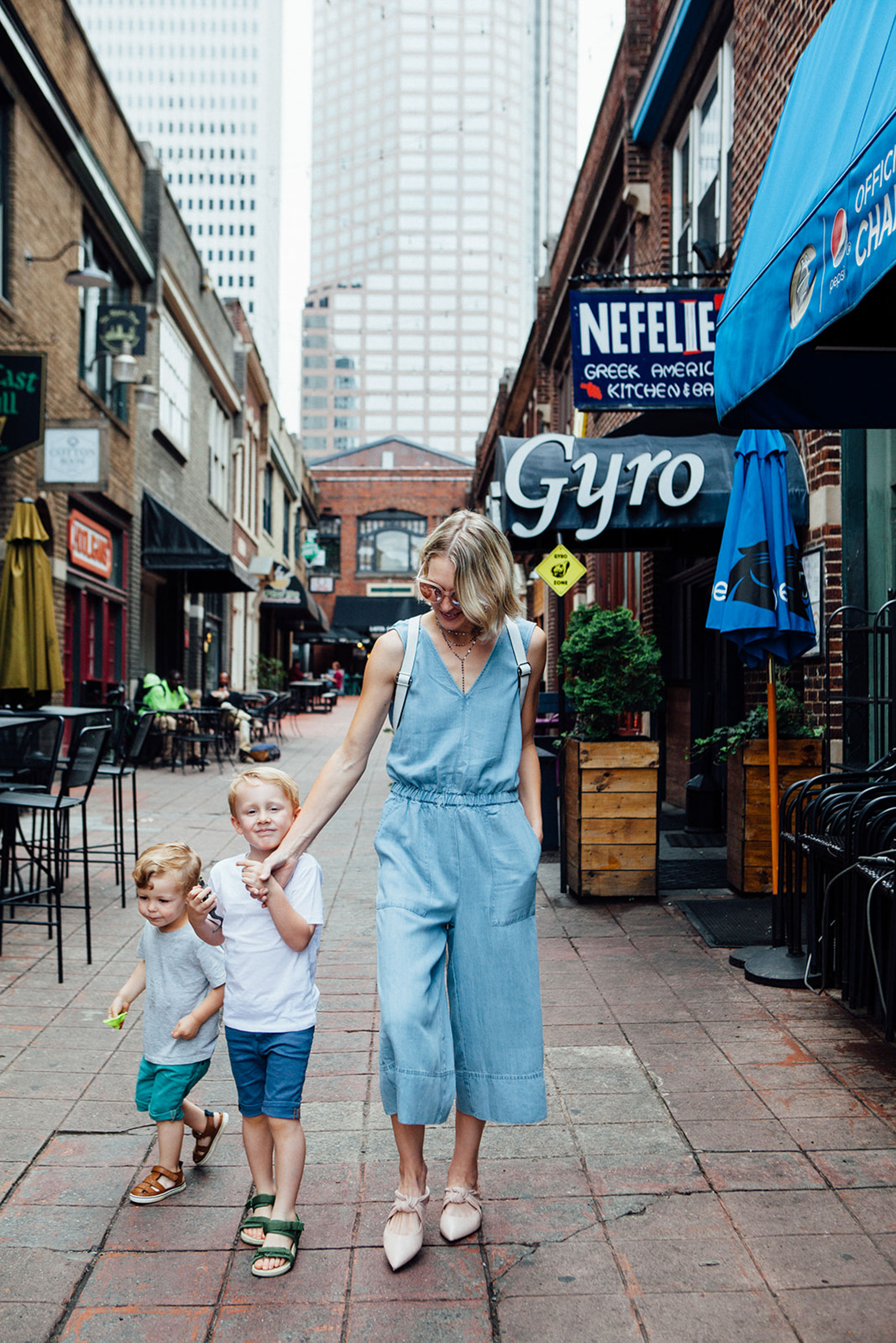 a0b3c0d7fe2 The Best Shoes to Wear with Cropped Wide-Leg Pants - The Mom Edit