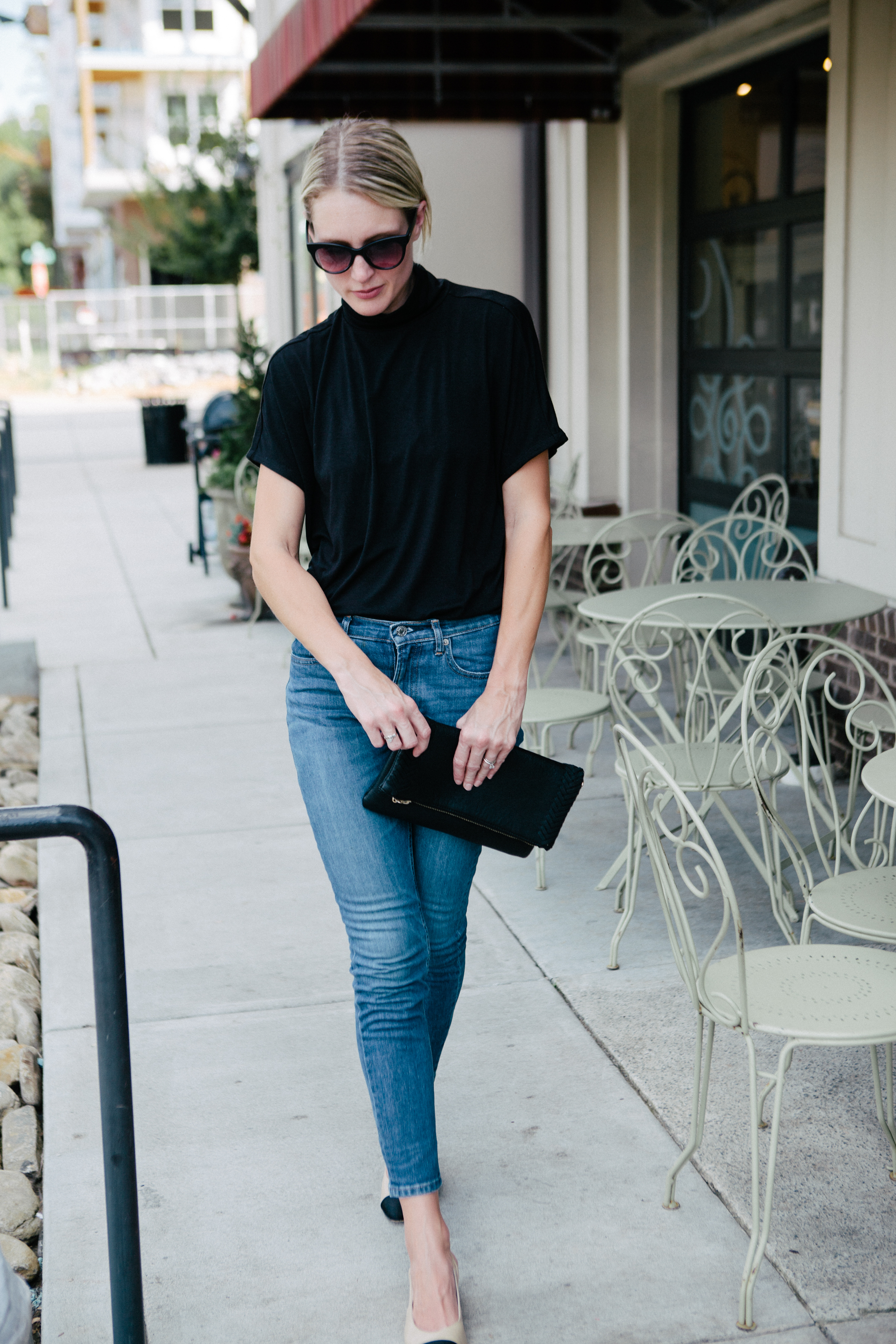 black top blue jeans slingback pumps