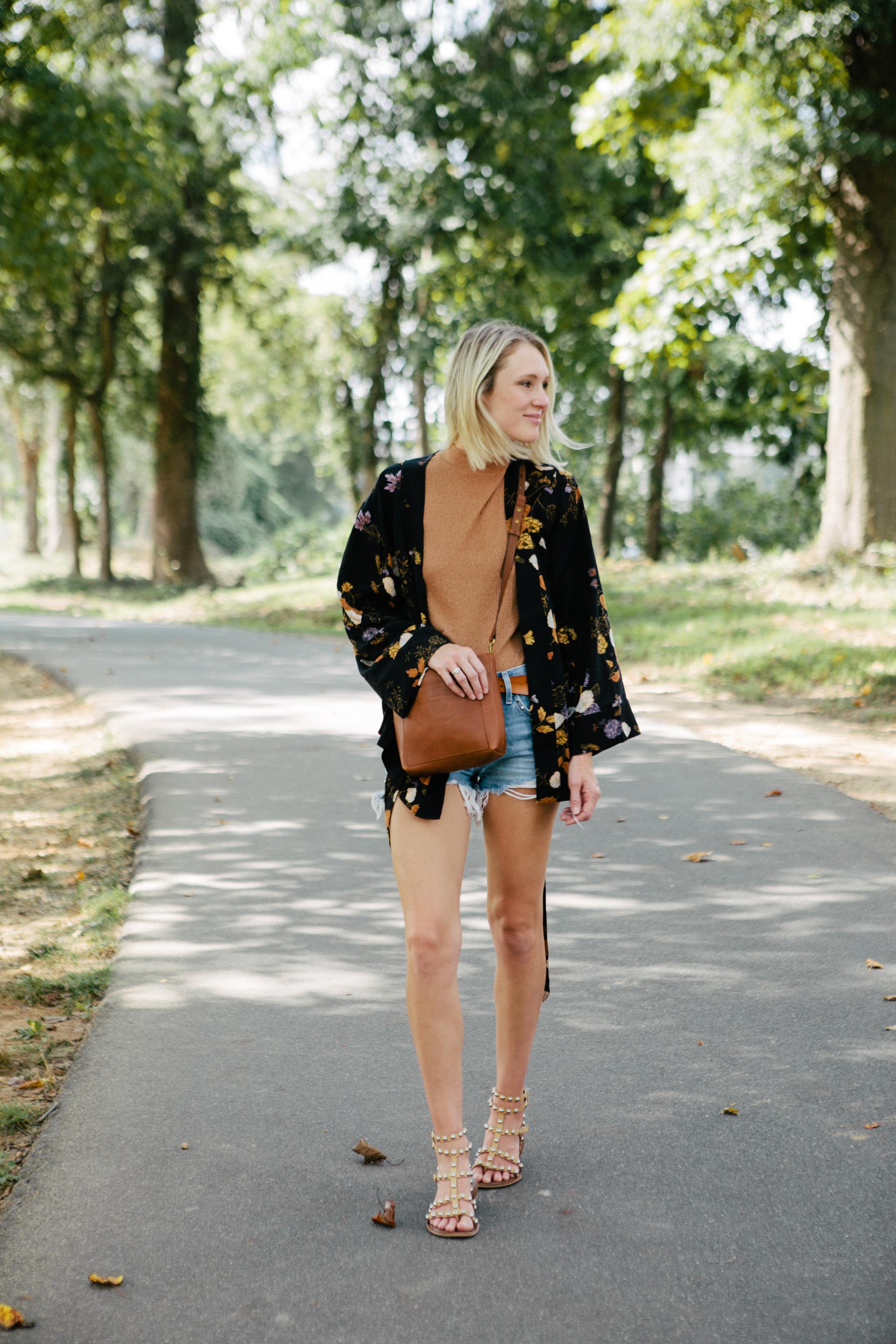 kimono and cut off jean shorts