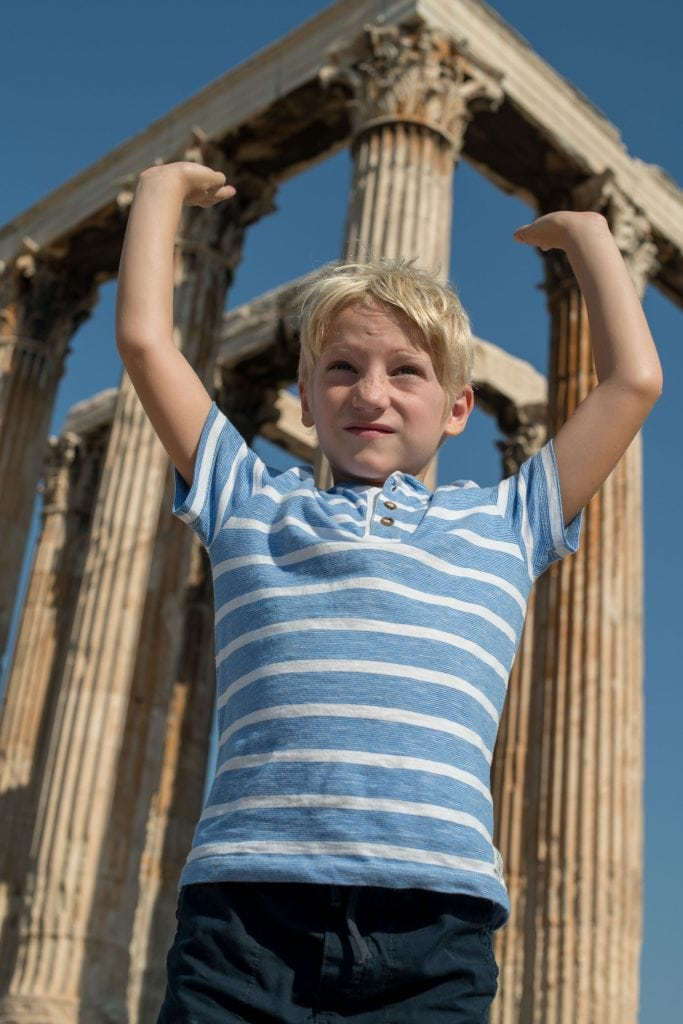 Athens: vibrant, unique, a foodie paradise...& the history? Family travel to Greece w/ kids is an amazing experience, not to be missed. Do these 15 things.