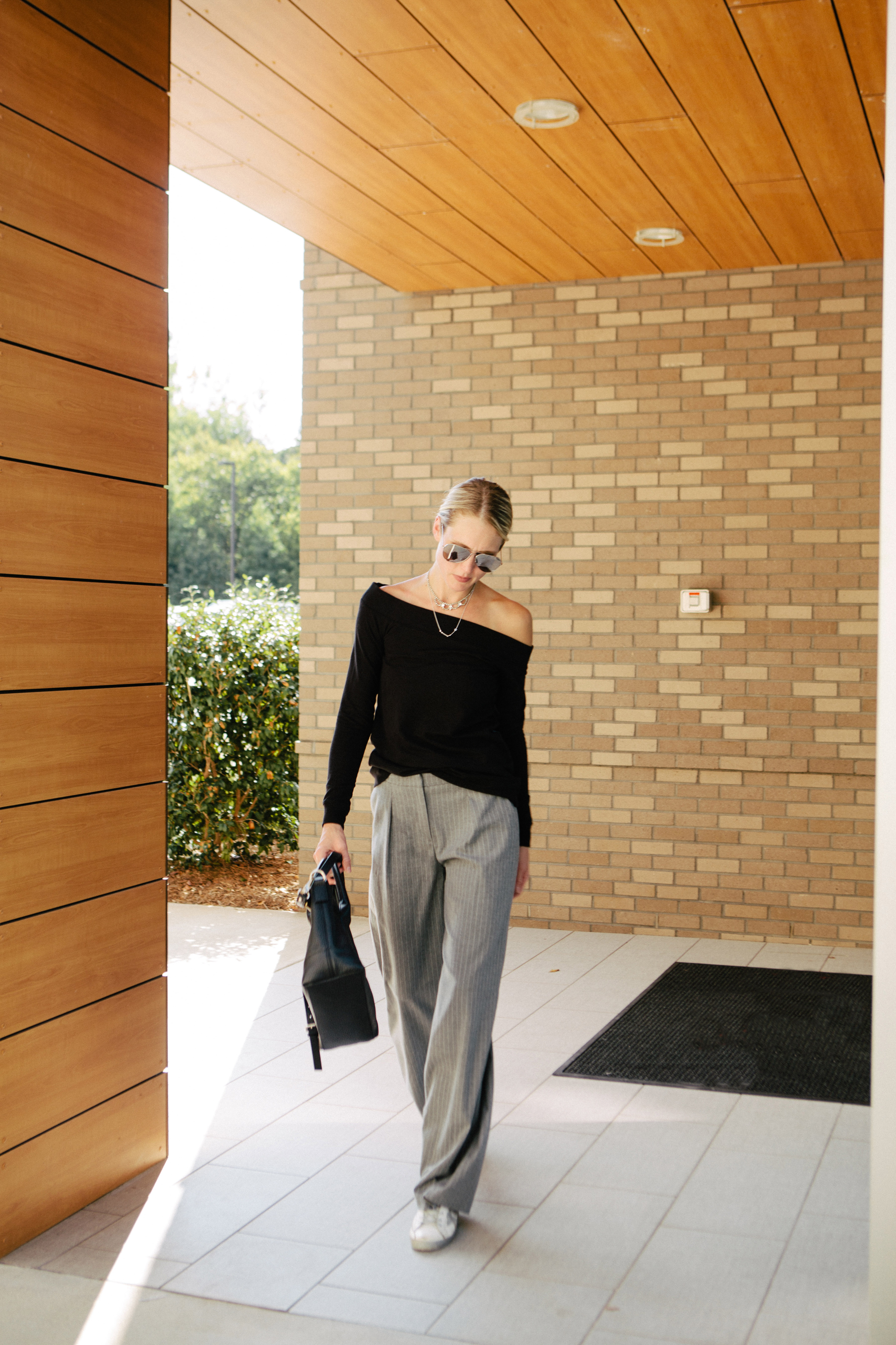 how to style wide leg pants for fall