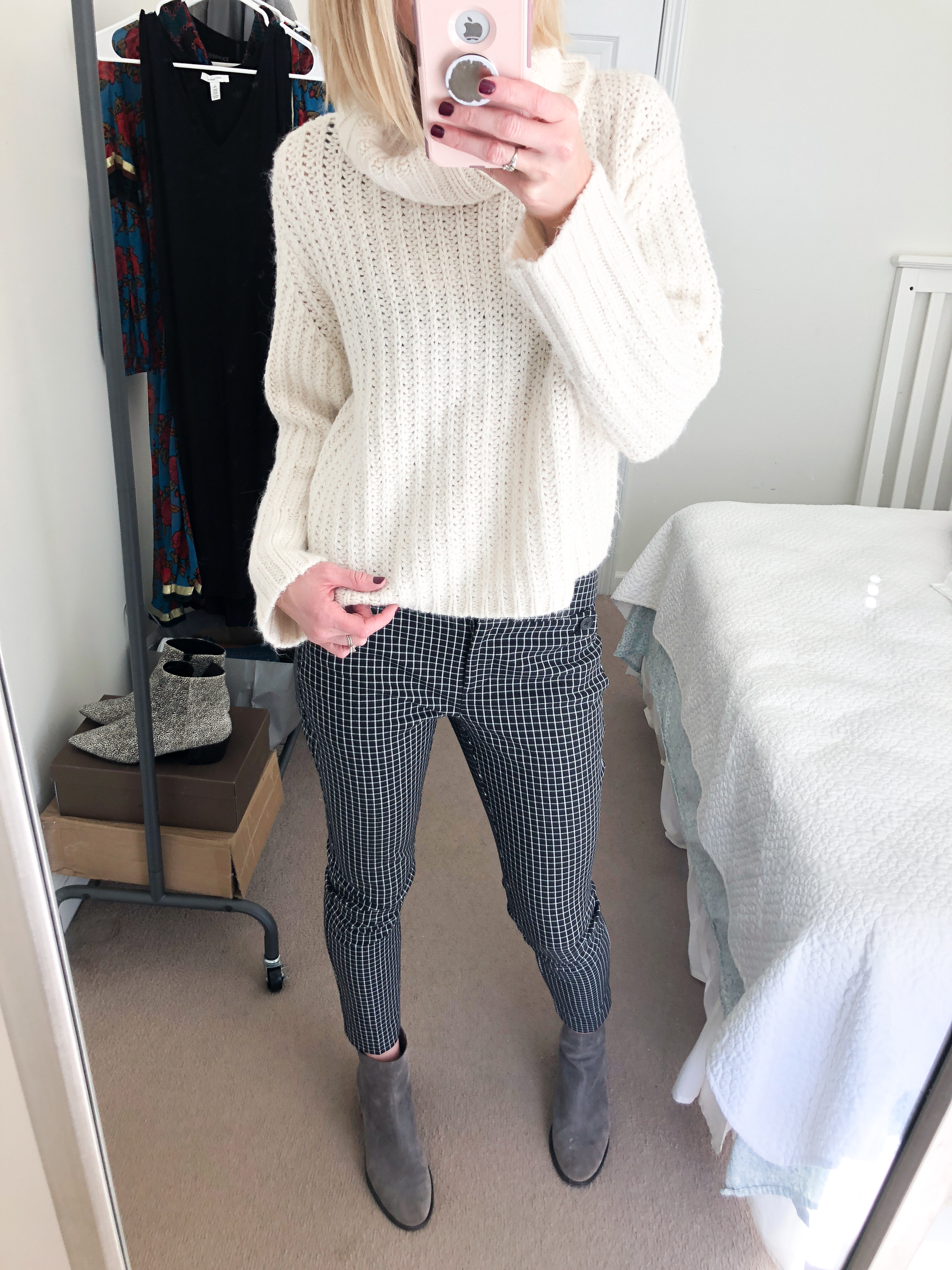 ivory turtleneck sweater and cropped pants_