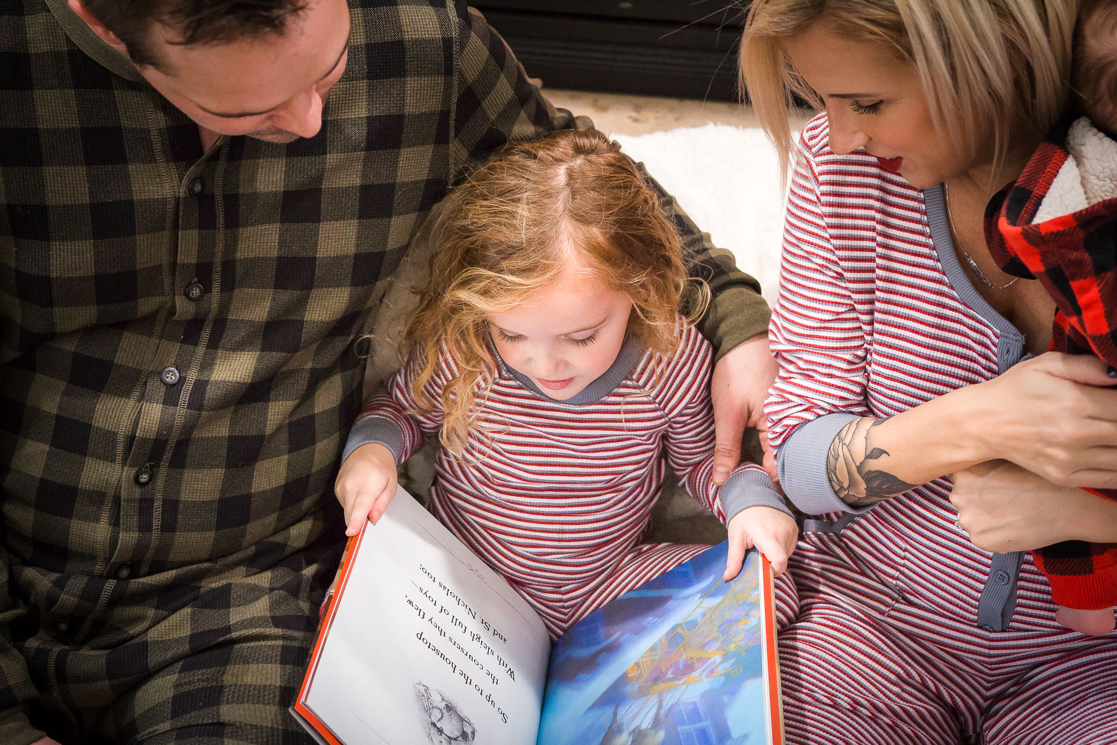 Who wants to get cozy? Well, we do...And when it comes to matching pajamas, you can't go wrong with Jockey Fam Jams — they're onesies! Woot!