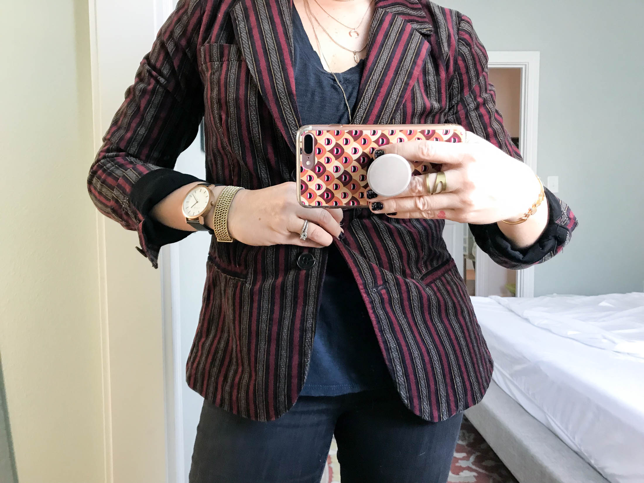 92cc4f627b143 How To Keep Your Velvet On Rotation After The Holidays - The Mom Edit