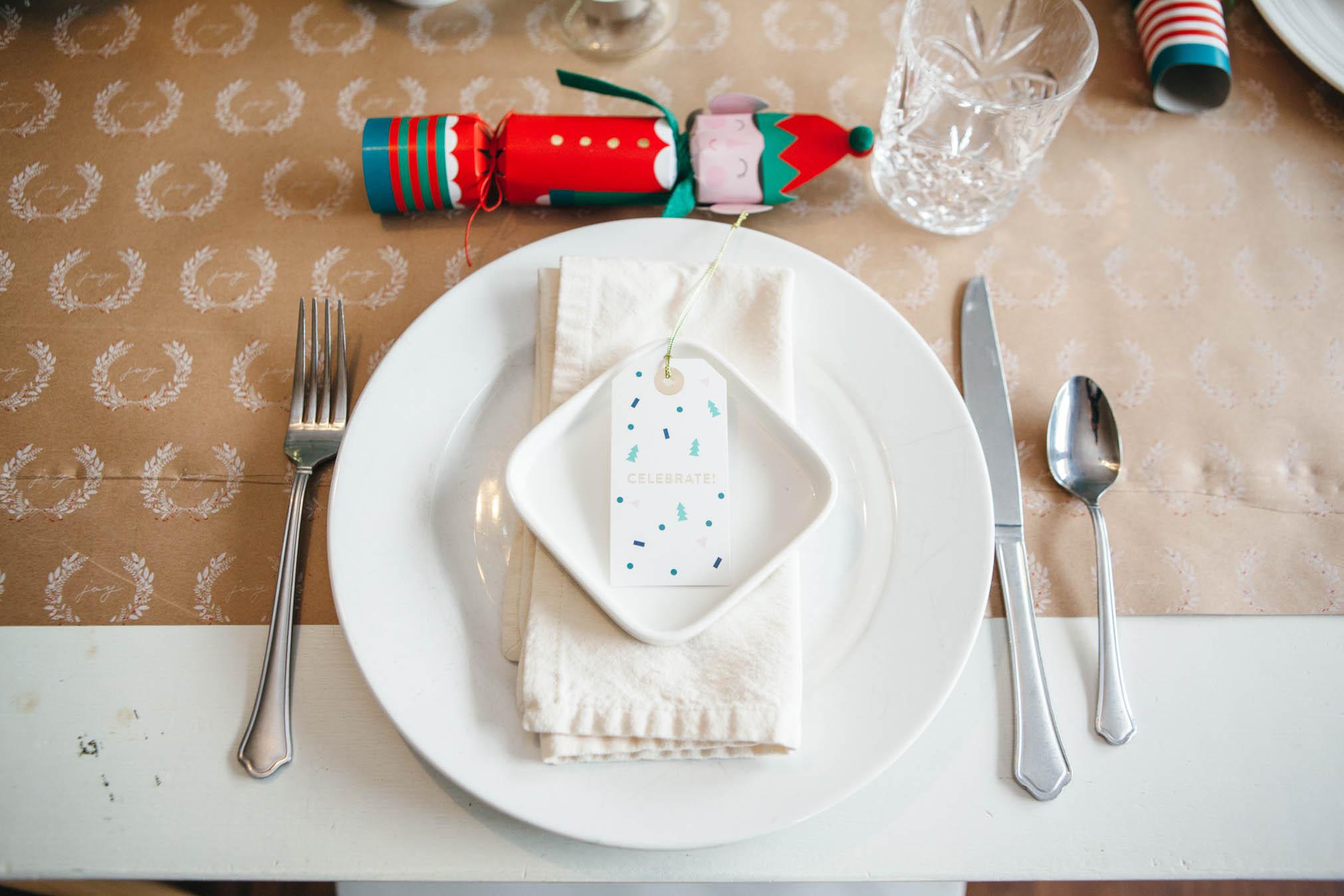 simple fun festive holiday table setting