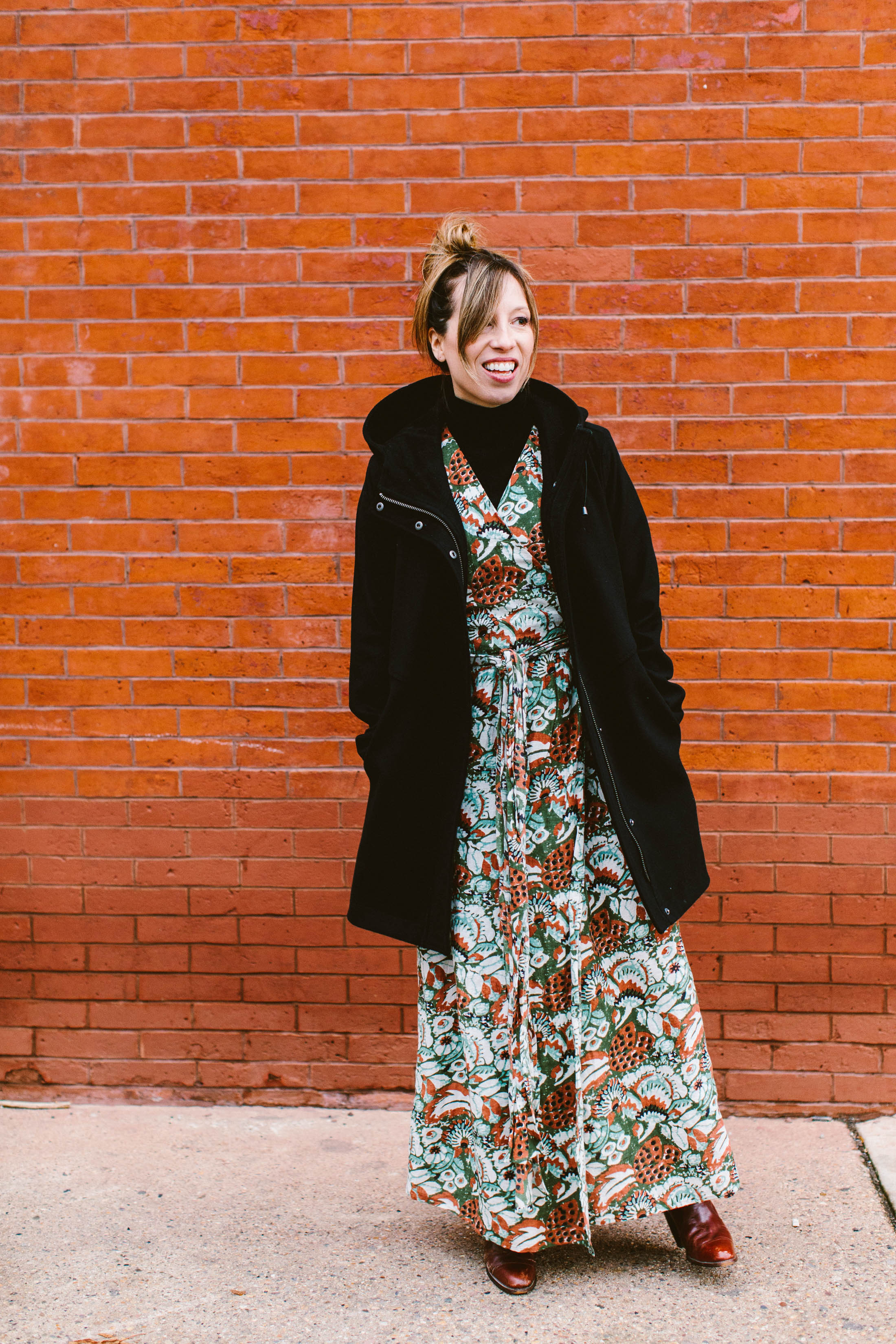 Totally stumped on which coat to wear with a maxi dress? You're not alone. We've got 5 — yup, 5 — styles of jackets that work super-well with a maxi skirt.