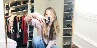 Are skinny jeans out? Hmm...We'll see. We're trying straight leg & bootcut jeans from our fav brands —AG, rag & bone, FRAME, MOTHER...#dressingroomselfies