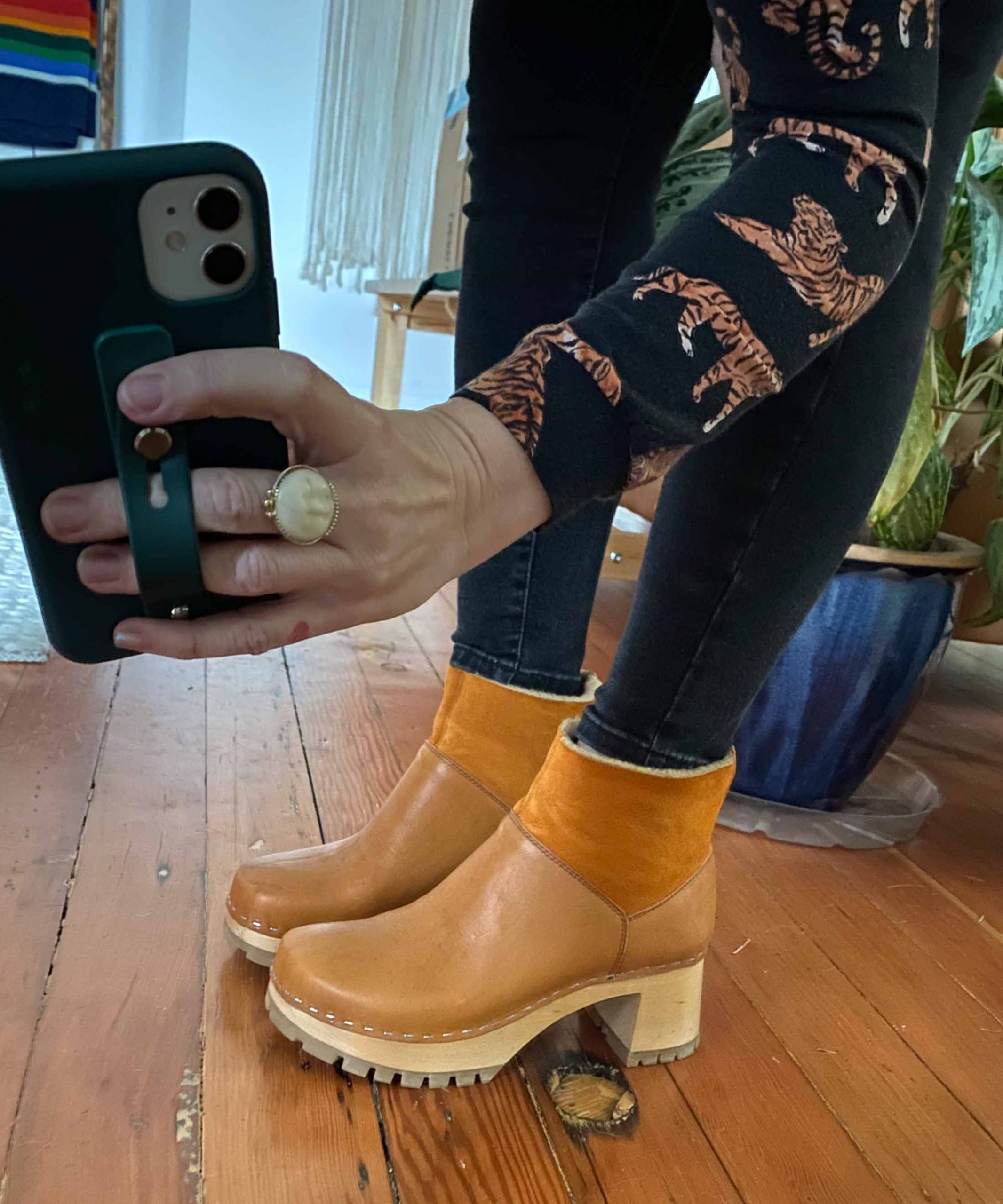 The Best Wooden Clog Boot — No. 6 or
