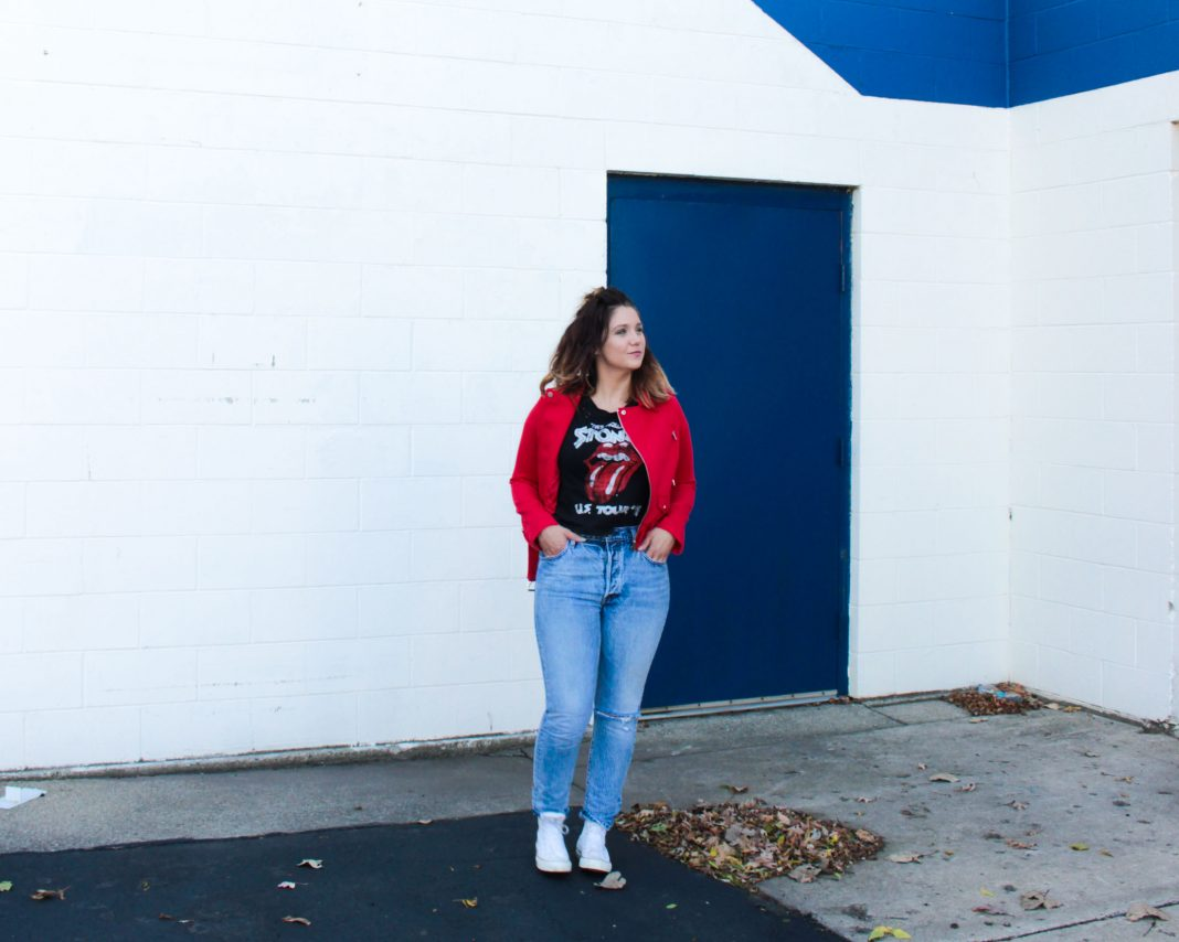 Wearing a red moto jacket & a rock 'n' roll t-shirt is like going to our happy place. Paired with jeans, this daily go-to outfit is seriously cool (& fun).
