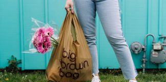We're obsessed with sustainable fashion. Shopping responsibly & making eco-friendly updates is so much easier thanks to this pop-up shop from Bloomie's.
