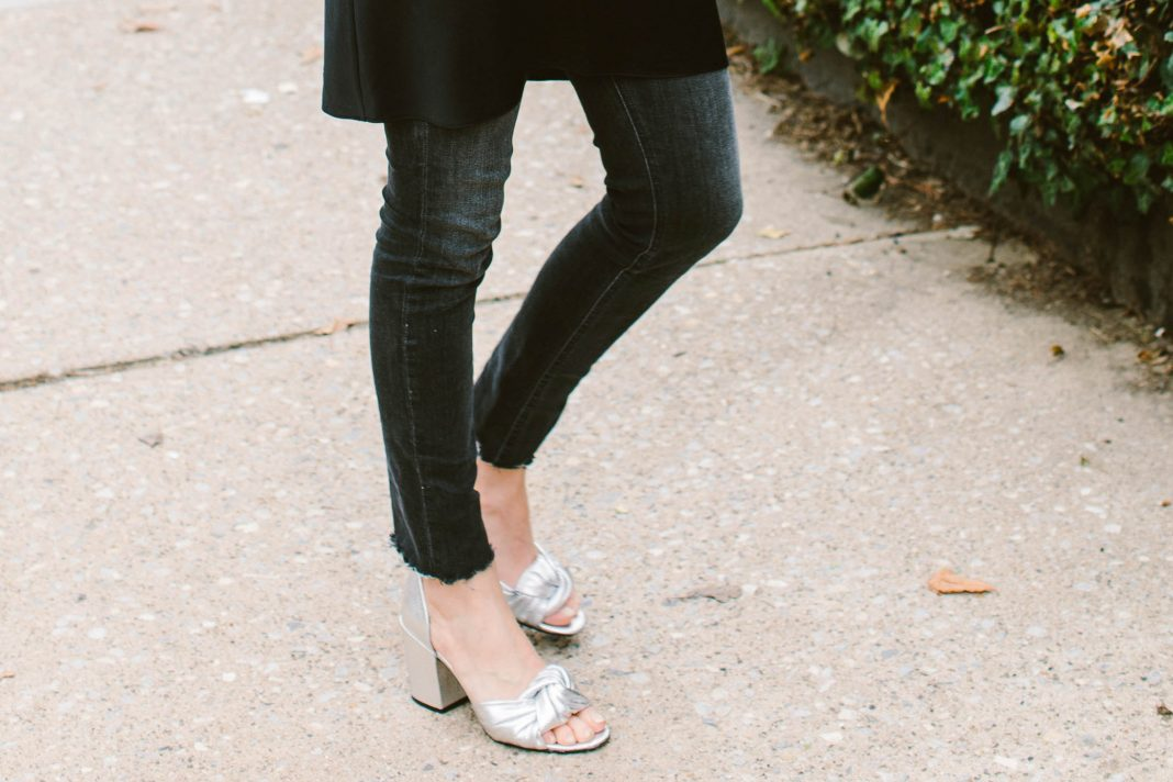 City-walking women, unite! We all need a comfy pair of high heels, right? A chunky block heel is perfectly walkable for a a mile or 3. Here are my favs.