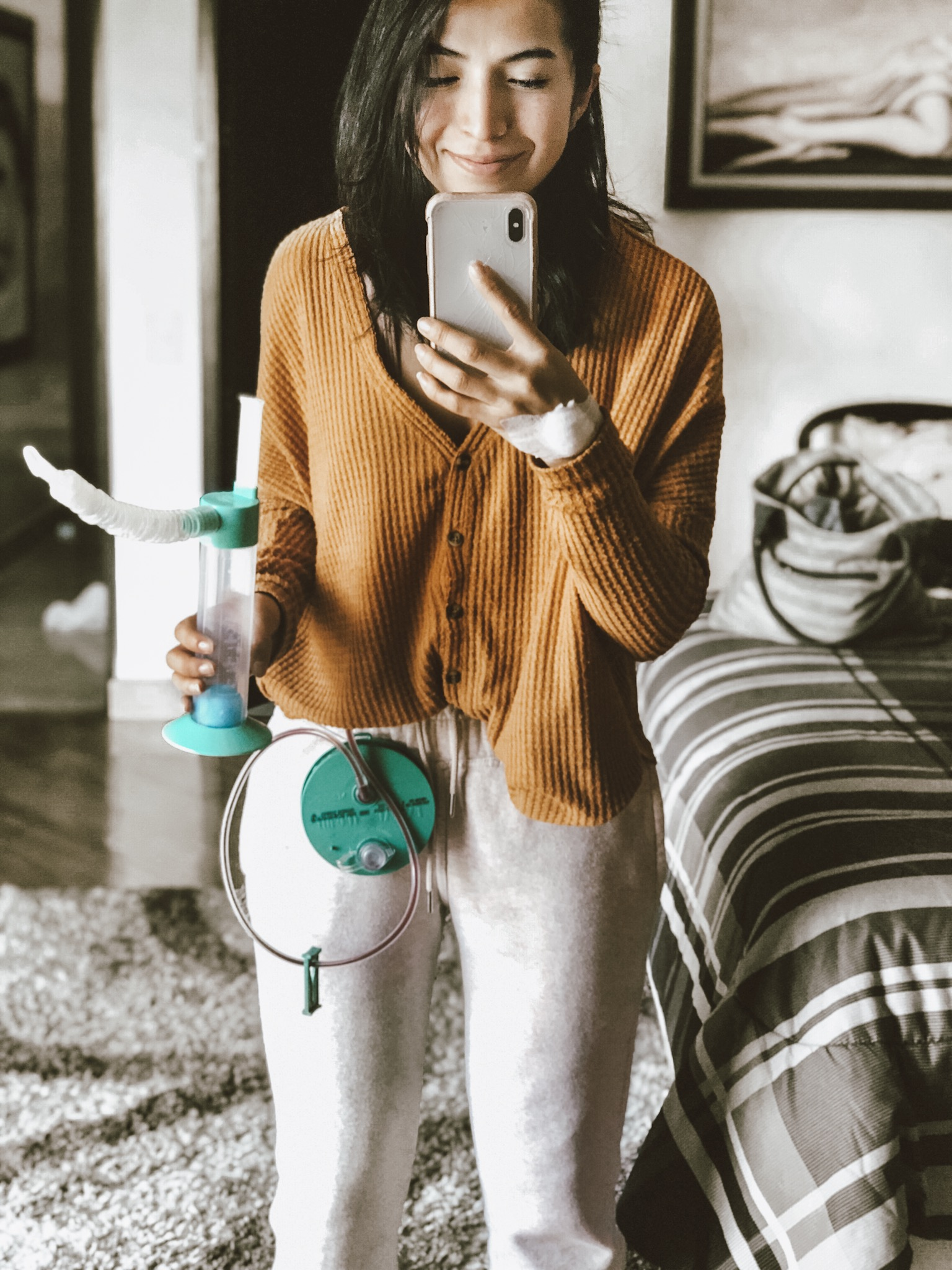Recovering from surgery is no fun. BOO. Our post-tummy tuck outfits, compression garments to stretchy jeans, change week to week. Here's your shopping list.