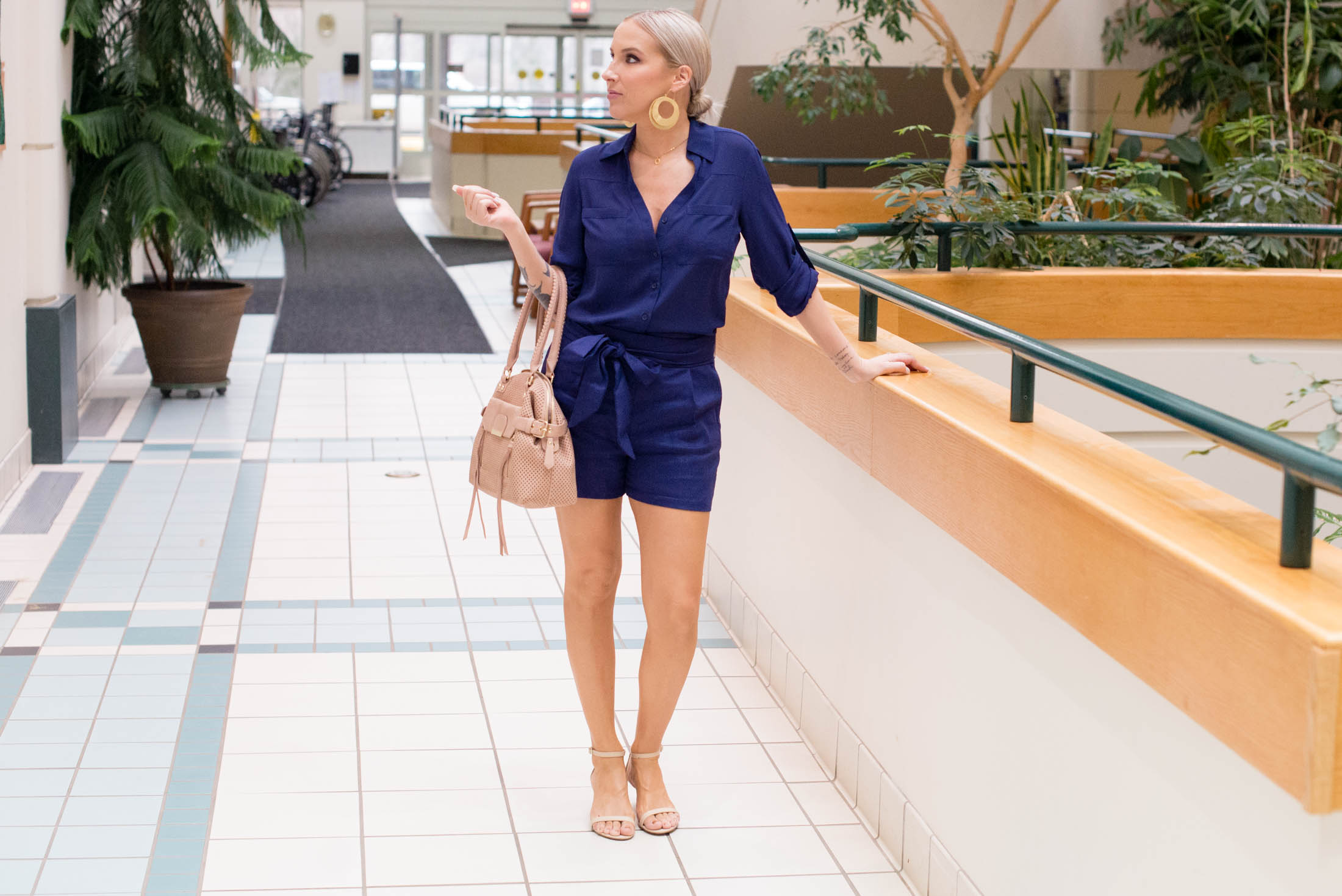 1df1ffb4f77 It s True  High-Rise Paperbag Shorts Are THAT Good - The Mom Edit