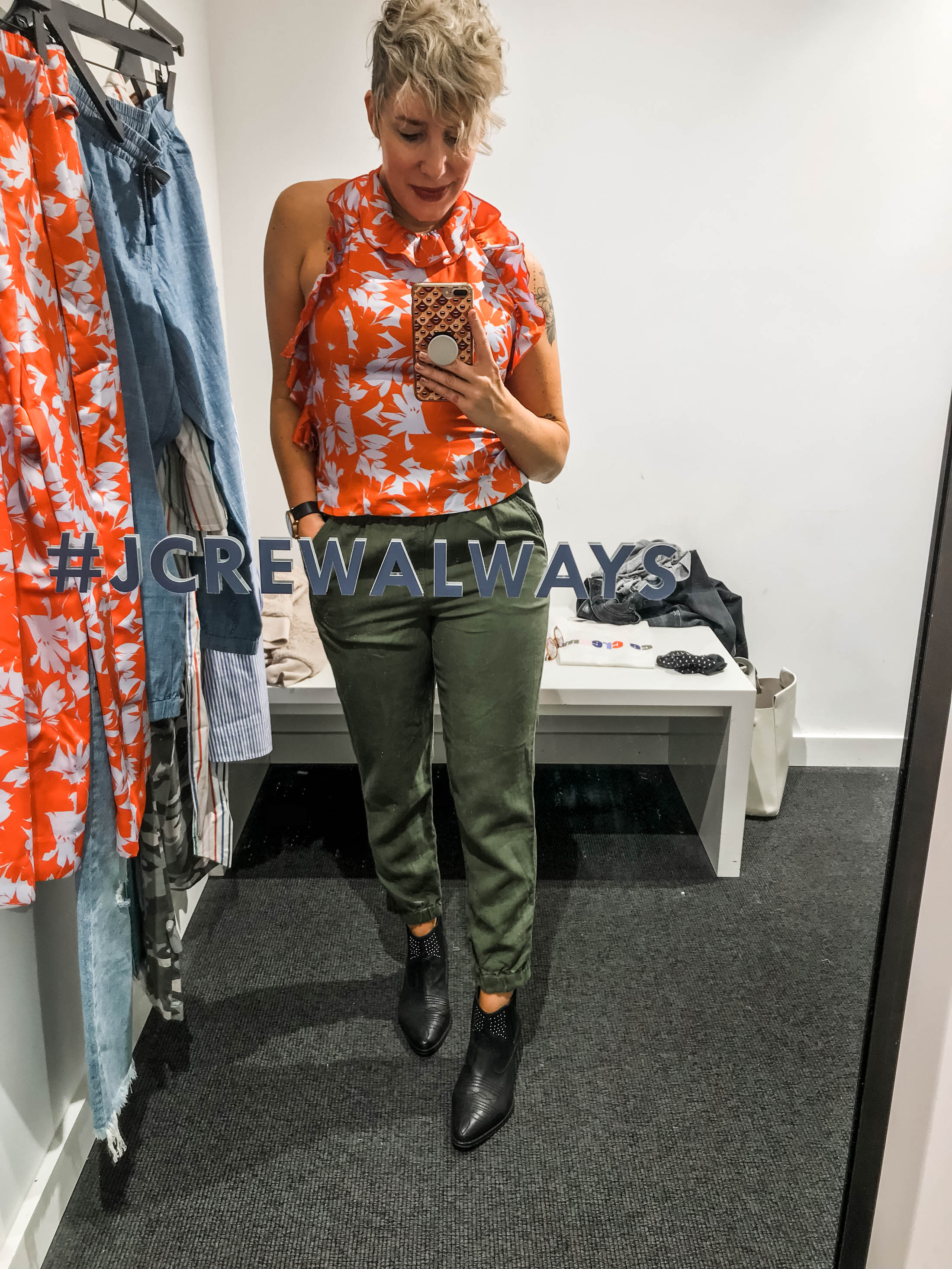Light wash jeans, camo pants, matching sets & linen joggers...J.Crew is killig it right now. Check out our little try-on sesh for must-have outfit pieces.