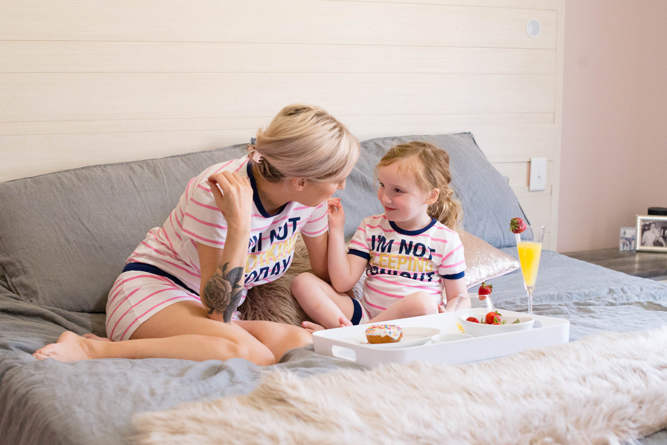 52a7e855 Wearing mommy-and-me dresses & matching pajamas takes mother-daughter days  to ...