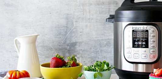Best Memorial Day sale strategy? Stock up on home goods & appliances. Vitamix, Dyson, Parachute, Instant Pot, Solo Stove. Deals on all our favs? Yes, please.