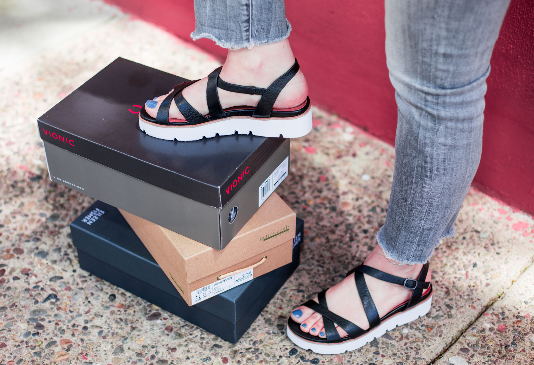 ab44cdd46ba Comfortable & Stylish: ALL the Shoes You Need for Summer | The Mom Edit