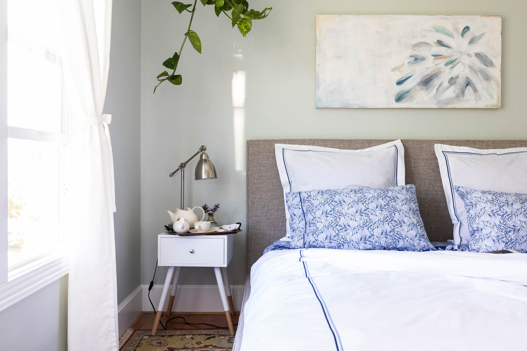 Mamas, self-care is probably more attainable if we start at home. A tranquil retreat among lux bedding 1 way to get there. See what we're loving right here.