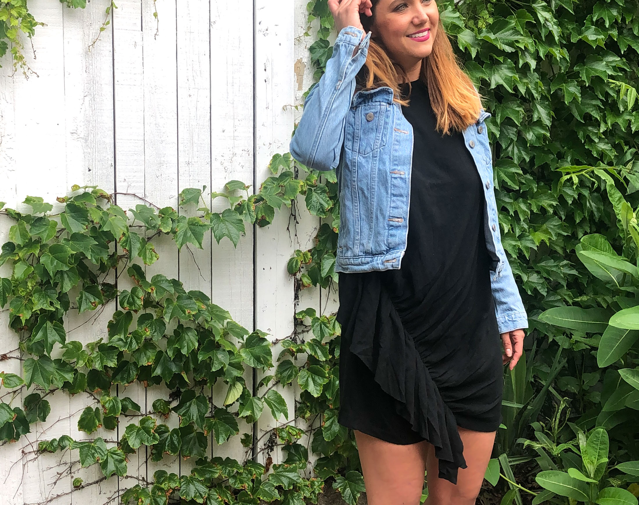 A summer wardrobe essential we can't live without? The t-shirt dress. We're taking it up a notch: this updated tee shirt dress with a twist. #SummLovin'
