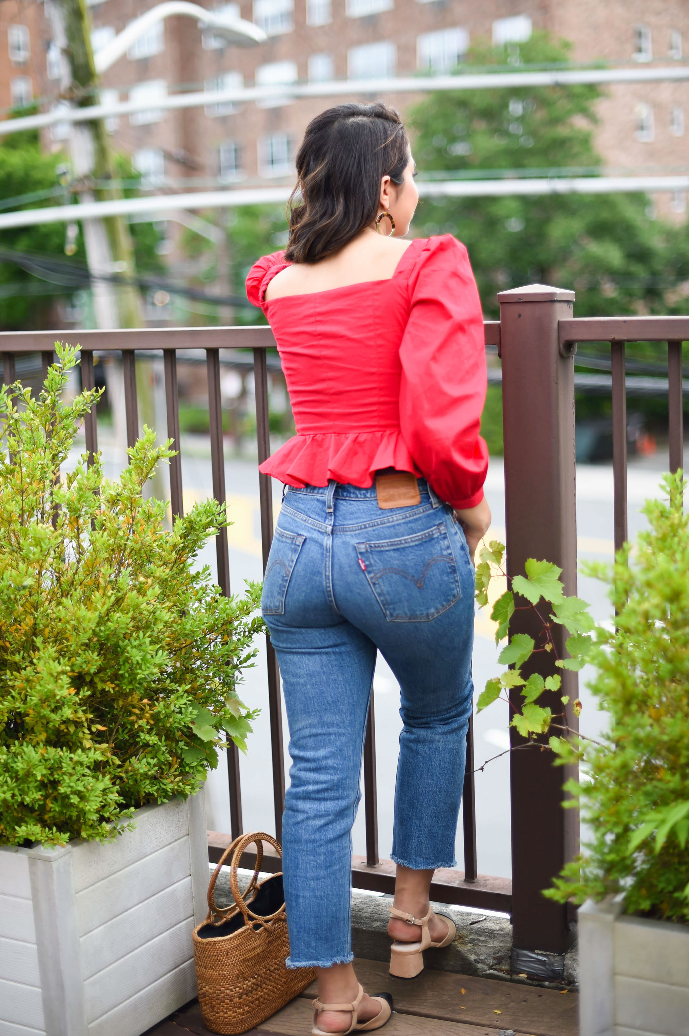 Regular date nights totally call for a go-to jeans-and-heels outfit. These Levi's, a red top & low heels = HOT! Check out our date night outfit formula.