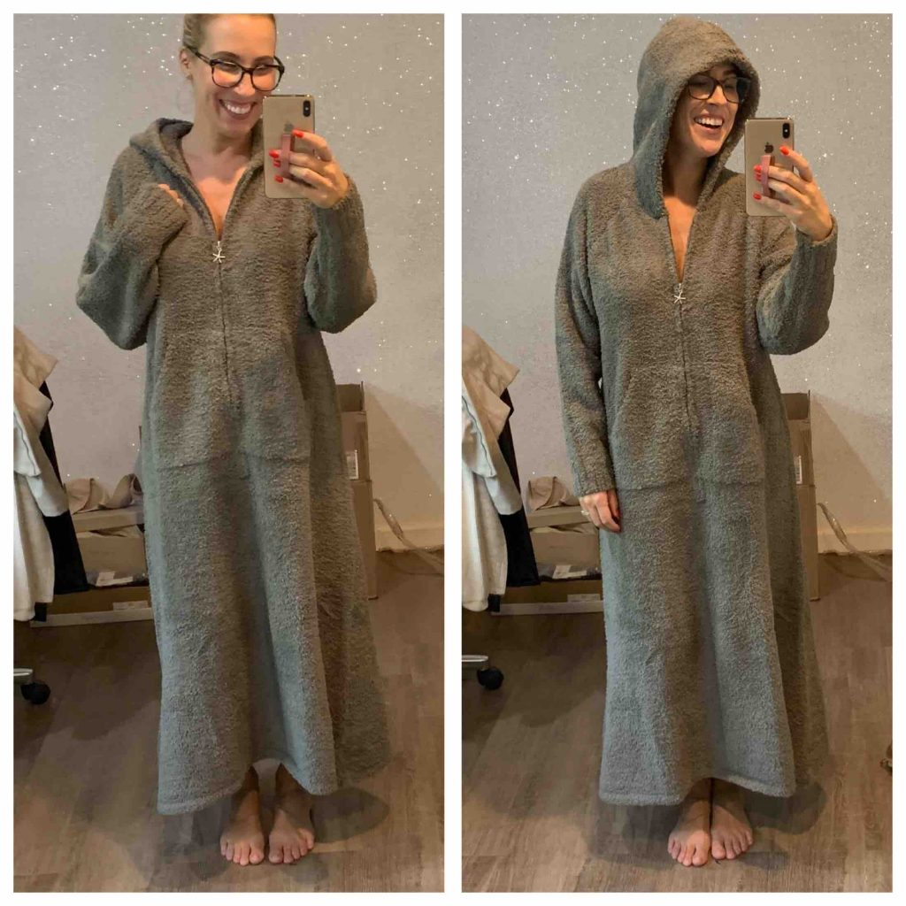 Umm….so the comfiest robe ever found its way into our Anniversary Sale cart. Barefoot Dreams cozy-chic robe, anyone? Yes, please.