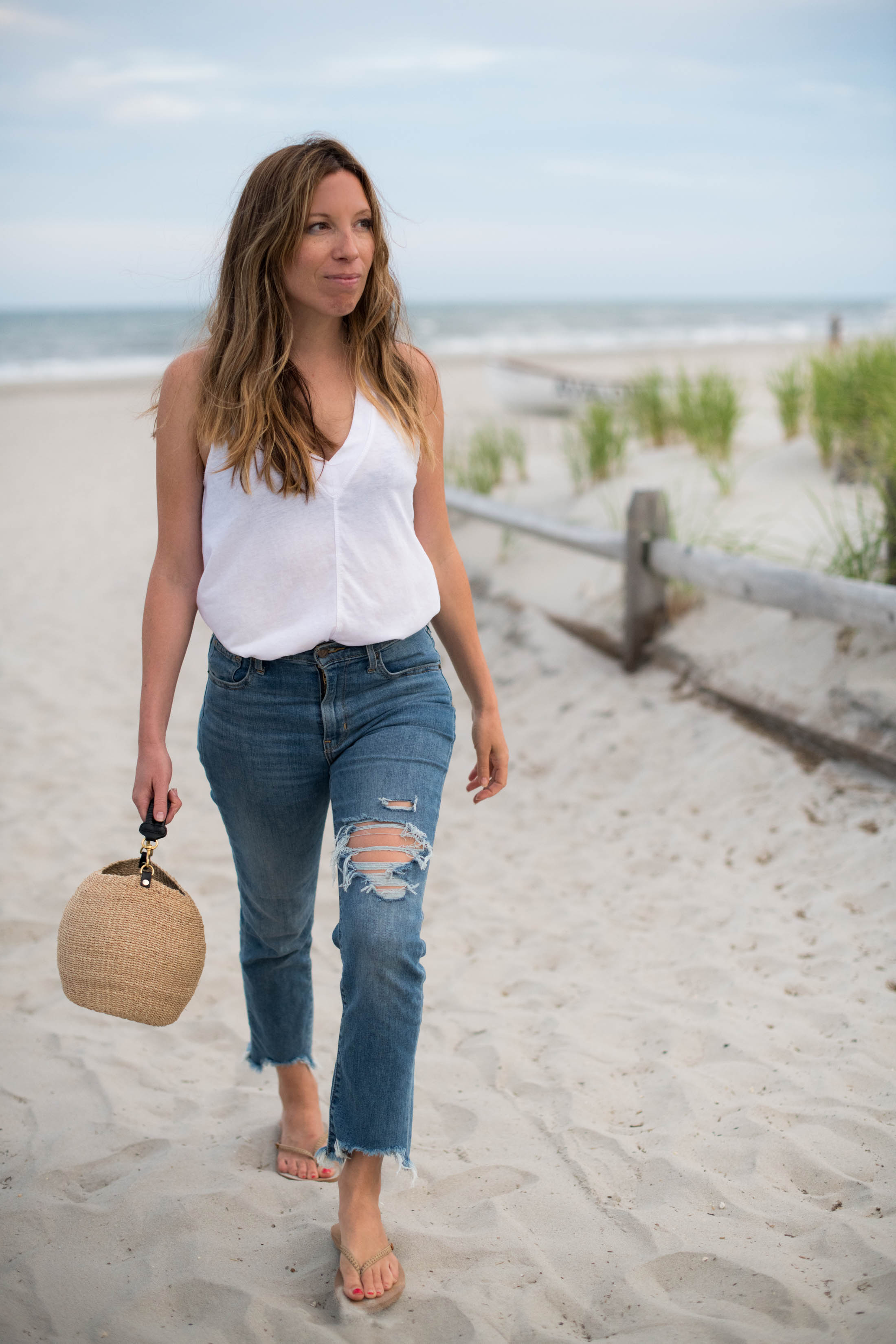 Found 'em: the mom jeans of the summer. We're obsessed with these Levi's high-rise, straight leg cropped jeans...soft, great rear view...YES.