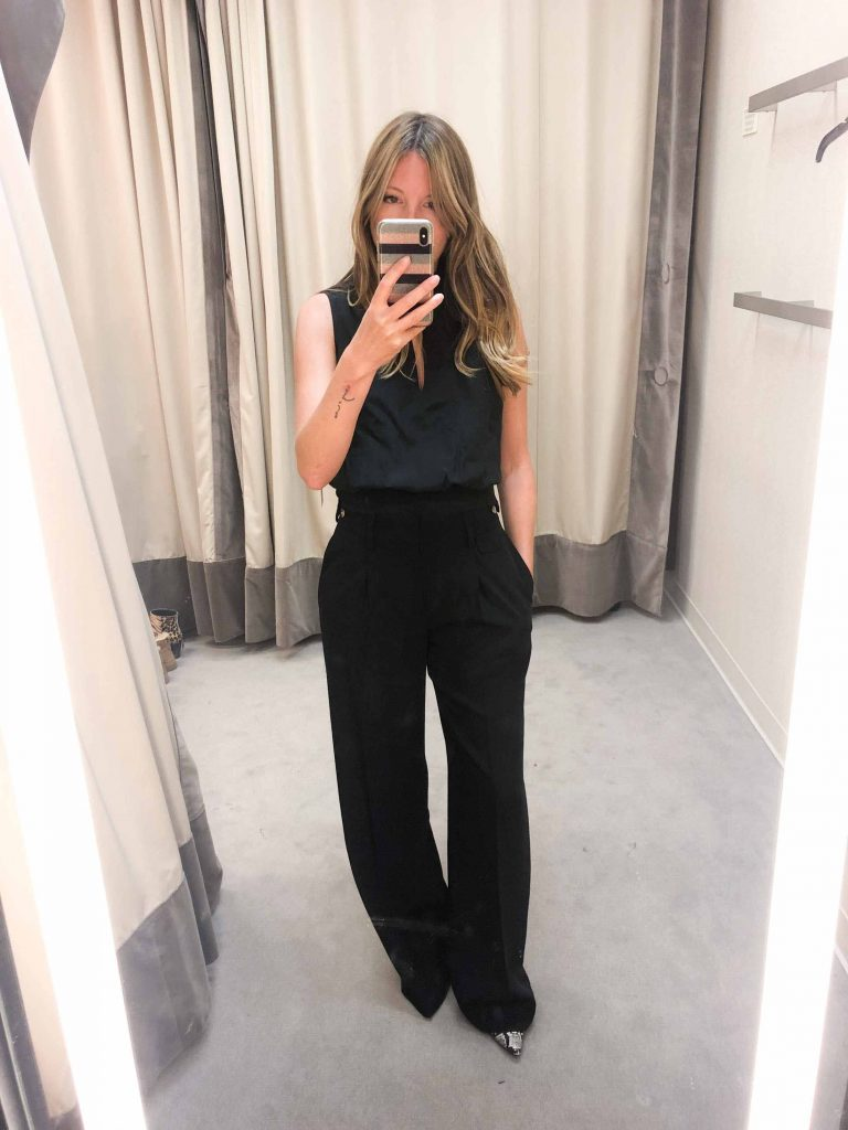 We're literally swooning for these Vince trousers. High rise, thick waistband, subtle pleats, perfect for work. The most beautiful trousers ever.