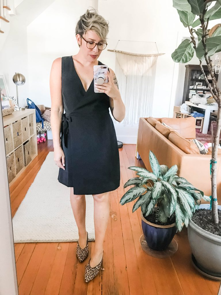 Little black dresses never get old. We're shopping for a year-round LBD... LOFT, Calvin Klein, Theory, Donna Karan...4 date night, girls' night or whenever.