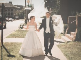 Reflecting on last week's fake wedding (aka 20th anniversary party), the VoloshinXTheMomEdit collection & a few fun links. Happy Weekend! #starstrucksince99