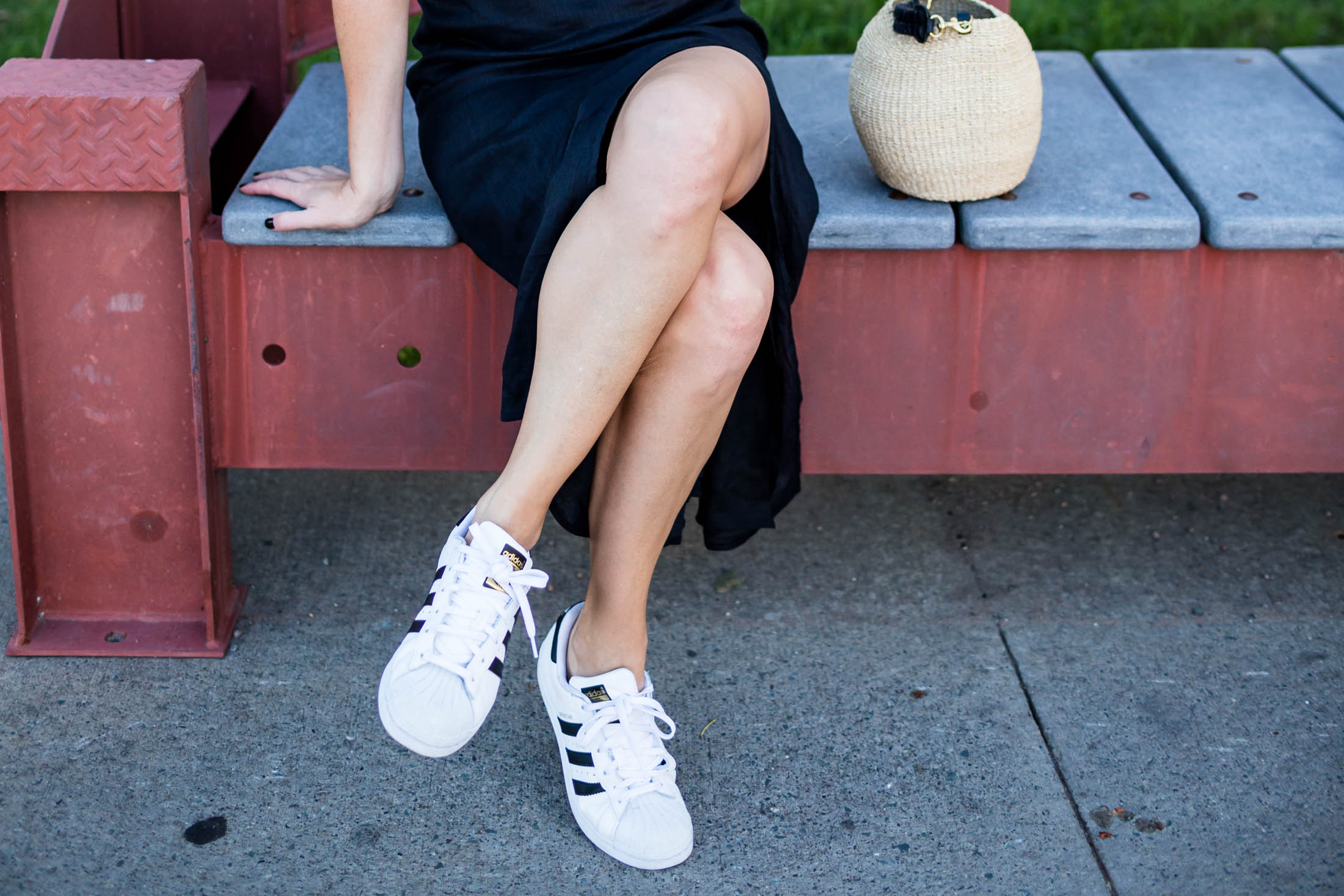 The Best 10 Pairs Of White Sneakers