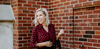 It's insane how often pencil skirts hit the work outfit mark. A black pencil skirt & a little pattern mixing are key as a timeless go-to combo. See it here.