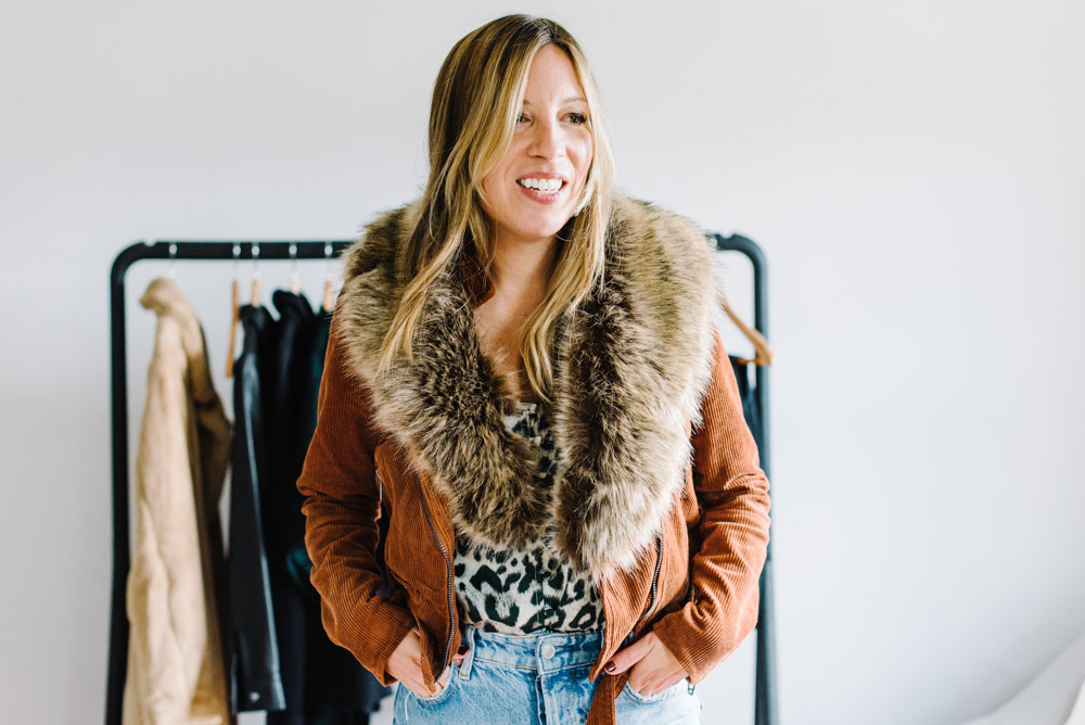 We've had a blast on the Blogger Spotlight collab w/ Social Threads for affordable fall fashion favs. Making capsule wardrobes & snagging accessories –YES.