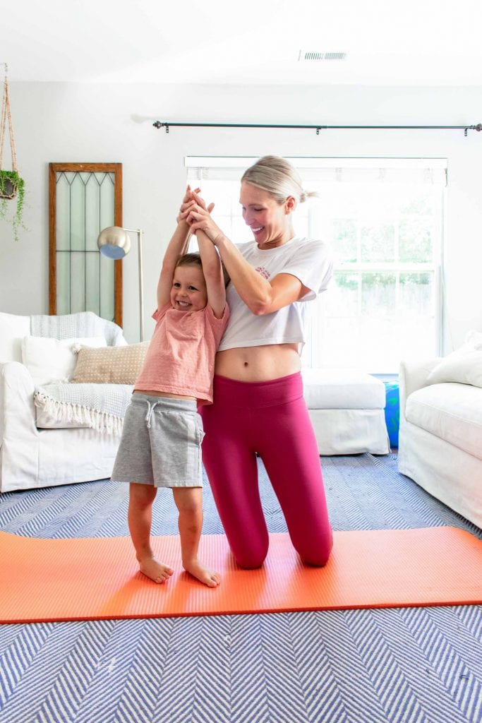 Doing yoga; eating whole foods; taking care of our mental health; & including supplements — all things us mamas need to do....here's how I did it.
