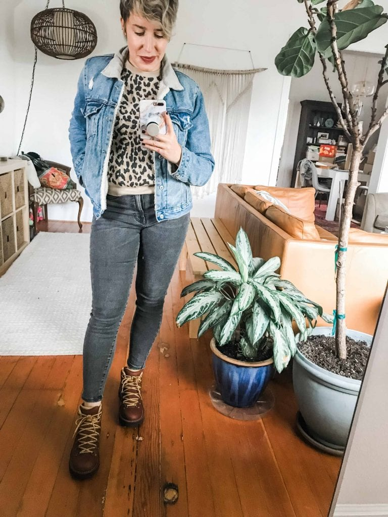 Hiking boots on point? YES. On-trend? YES. On fleek? YES. SO we're styling the women's Danner boots (shout out Portland) for 7 everyday outfits.