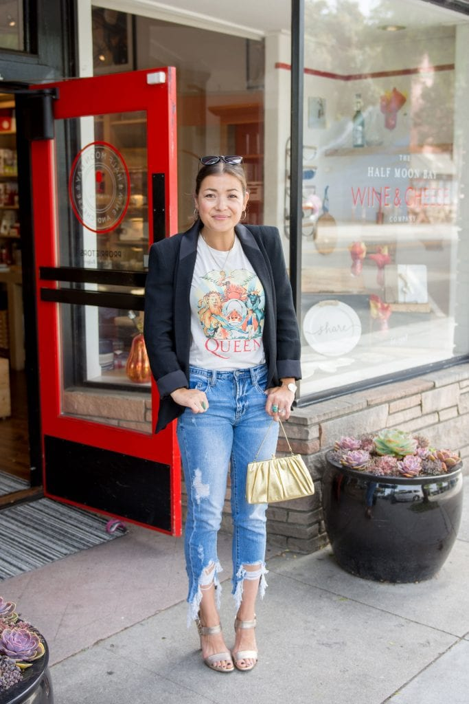 My go-to outfit for all occasions (happy hour, date night, brunch -- & yes, the office) is on point for all your streetstyle aspirations. Blazer, graphic tee, denim, heels. Done.