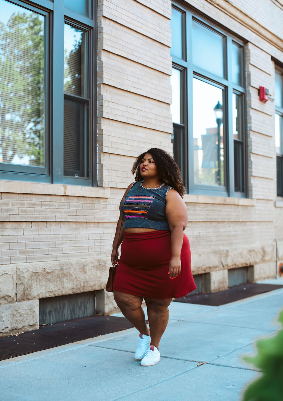 Our latest fall outfit obsession is a classic pairing that's both casual & chic —sneakers & skirts. Surely they go together like macaroni & cheese, #amiright?