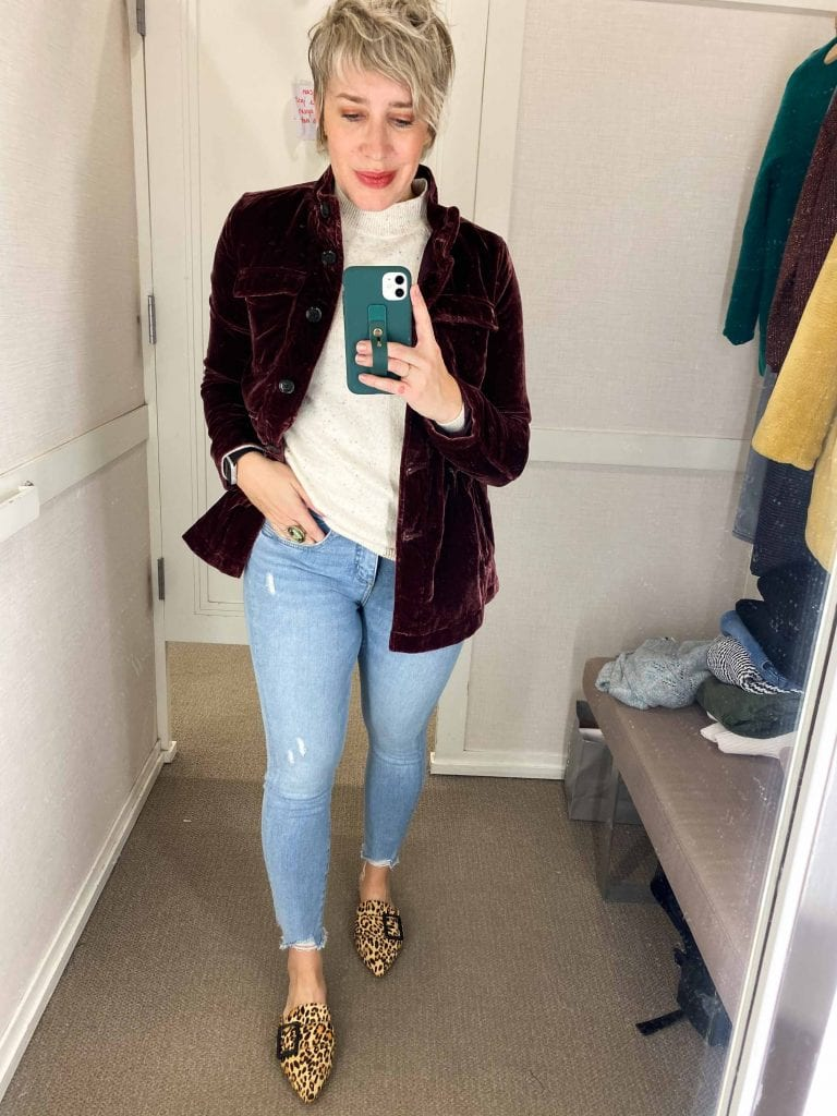 The holiday top you need, velvet pants we all love, taupe corduroy pants...LOFT is nailing all the pretty fall, winter & holiday outfit pieces. Check it out.