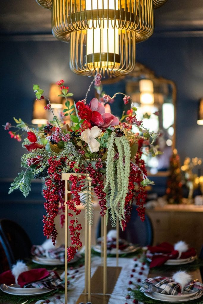 Gild it...we're going all-in on the holiday tablescapes — decor & setting ideas for your prettiest Thanksgiving, Christmas, Hanukkah or whatever table EVER.