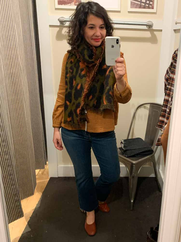 Curvy demi boot jeans, sweater blazers, leopard bomber jackets & cashmere sweaters...Madewell is nailing it for fall, winter & holiday outfit ideas. #DressingRoomSelfies