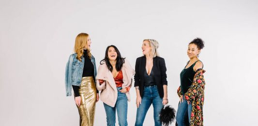 0 need to buy a fancy holiday dress when you have jeans. Wear 'em to the holiday party! How to make denim holiday-worthy? We've got 3 ideas.