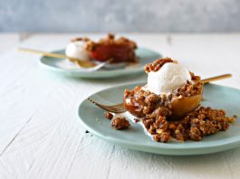 Let's talk baked apples + streusel topping loaded w/ brown sugar, butter & walnuts. An easy recipe we're calling a workout, too. Come for the food, stay for the fitness, folks.