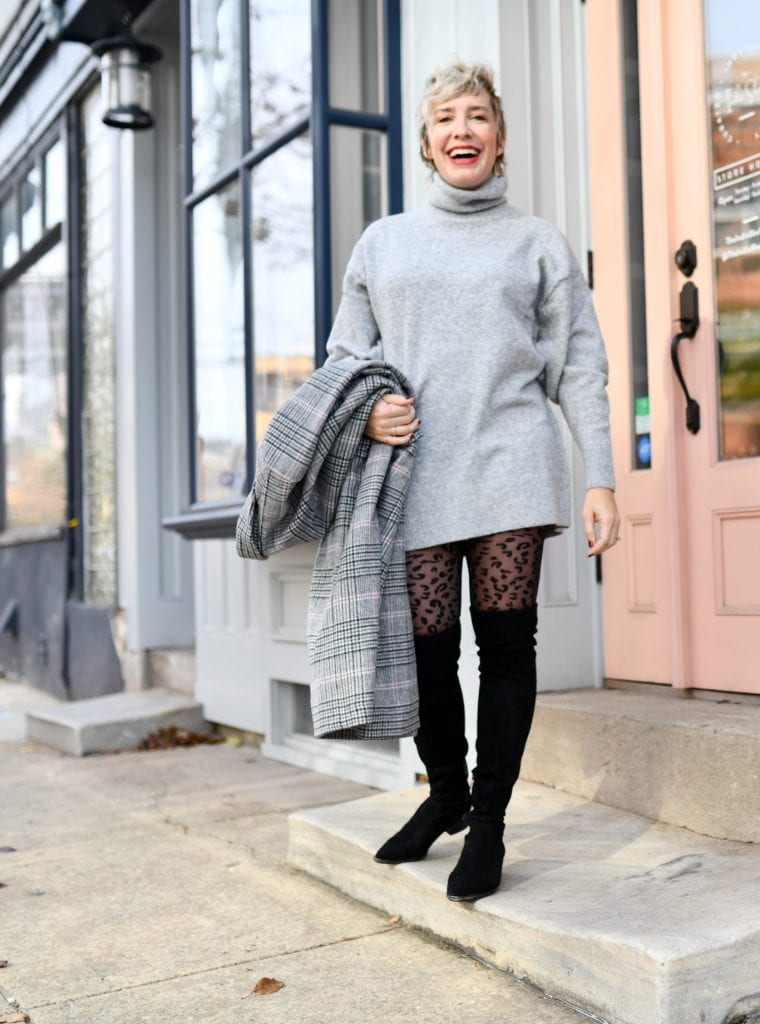 Cozy sweater dresses are a such good idea. My solution to not freezing & not having to cover every inch of skin? A cute warm coat, sexy tights & OTK boots.