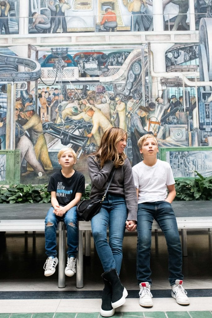 Visiting Detroit is the perfect, family-friendly winter weekend trip. Cool hotels, amazing restaurants, baller art & landmark attractions — SO GOOD.