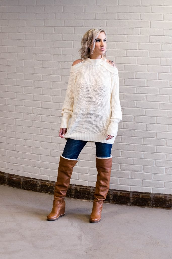A tunic sweater & tall boots is pretty much my winter outfit uniform. A cozy sweater w/ skinny jeans or leggings tucked into OTK boots = cute, dry & warm. YES.
